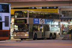 JS8378 @ 102 由 GM6754 於 南安街左轉筲箕灣巴士總站入站門(筲箕灣巴總入站門)拍攝