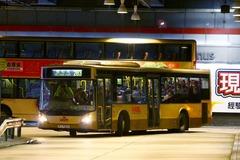 PJ7262 @ 283 由 985廢青 於 沙田市中心巴士總站東行 U-turn 門(沙中東行 U-turn 門)拍攝