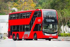WM8987 @ 68X 由 海星 於 洪福邨巴士總站右轉田心路梯(洪福邨出站梯)拍攝