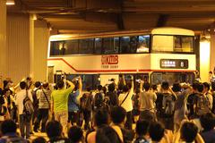 JD4215 @ 8 由 GM6754 於 九龍鐵路站巴士總站出坑梯(九地出坑梯)拍攝
