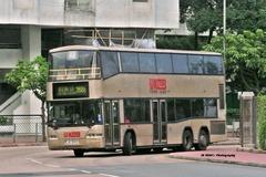 JU3065 @ 268B 由 RA4107 於 華信街面向黃埔花園九期逆行門(紅碼出站門)拍攝